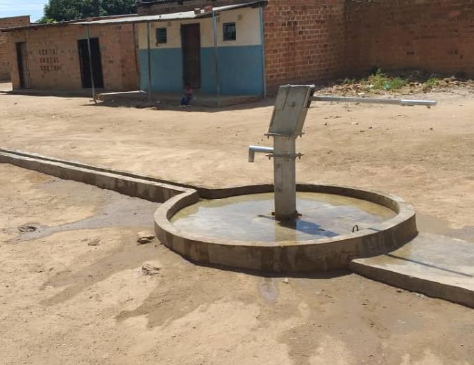 SHIMUKUNI, ZAMBIA